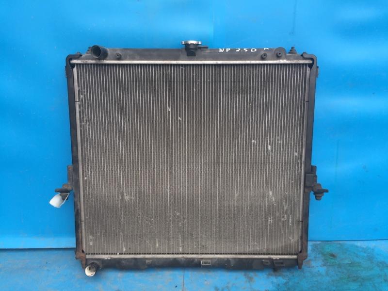Радиатор охлаждения двигателя Nissan Pathfinder 2.5 2005 (б/у)
