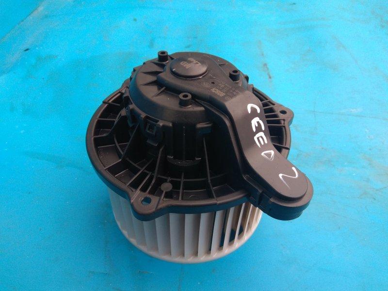 Мотор печки Kia Ceed 2 1.6 2012 (б/у)