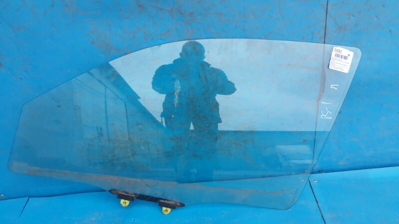 Стекло двери Mitsubishi Pajero Sport 1 2.5 1998 переднее левое (б/у)