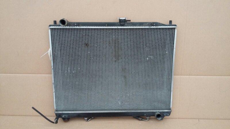 Радиатор охлаждения двигателя Mitsubishi Pajero 4 3.2 2006 (б/у)
