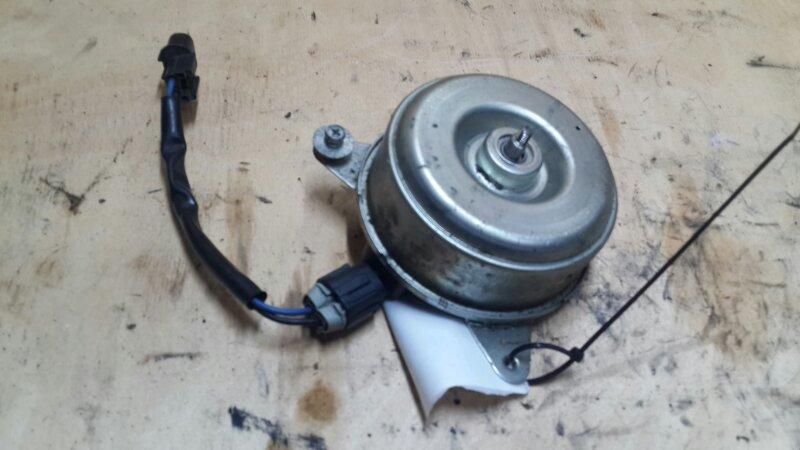 Мотор вентилятора охлаждения Mitsubishi Outlander 3 2.4 2012 (б/у)