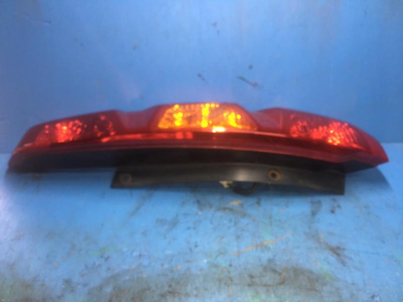 Фонарь Nissan Xtrail T31 2007 задний правый (б/у)