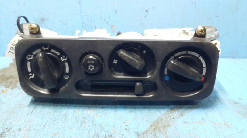 Блок управления отопителем Mitsubishi Pajero Sport 1 1998 (б/у)