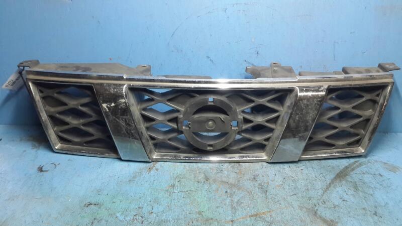 Решетка радиатора Nissan Xtrail T31 2007 (б/у)