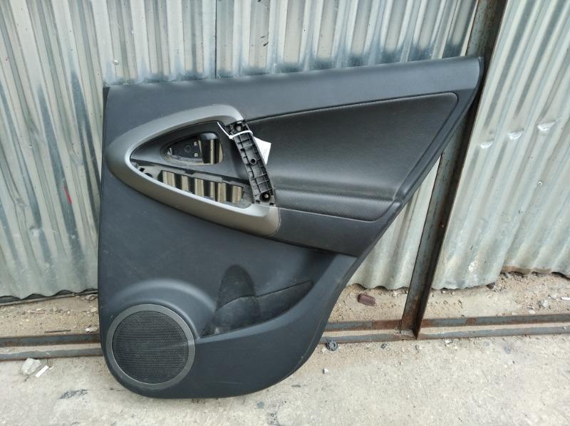 Обшивка двери Toyota Rav4 Xa30 2006 задняя правая (б/у)