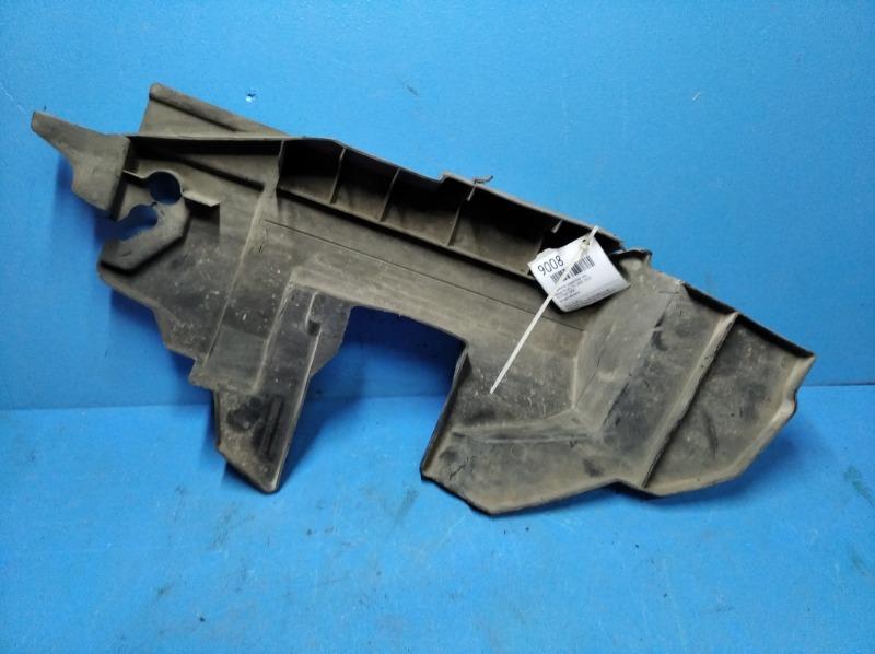 Дефлектор радиатора Nissan Xtrail T31 2007 левый (б/у)
