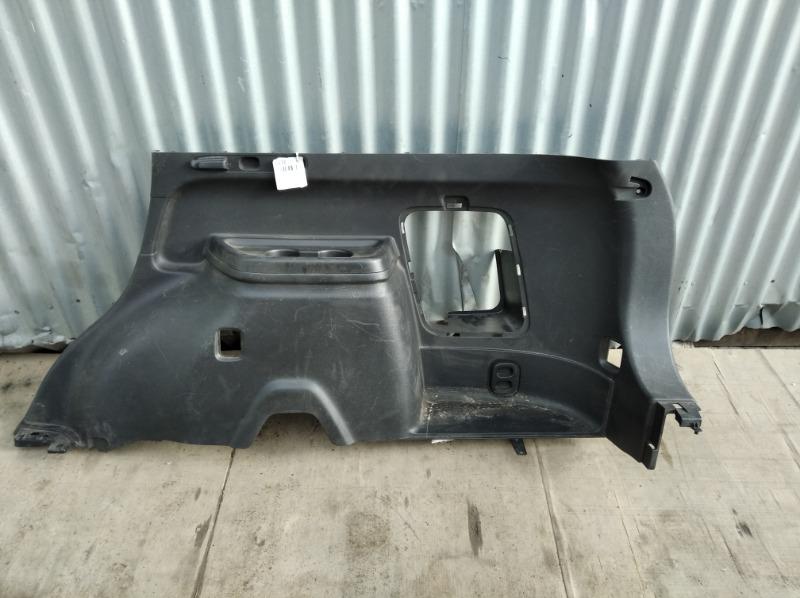 Обшивка багажника Mitsubishi Outlander 3 2012 задняя правая нижняя (б/у)
