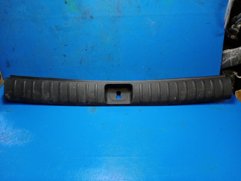Накладка задней панели Hyundai Tucson 3 2015 задняя (б/у)