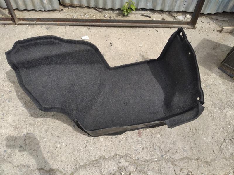Обшивка багажника M 2010 левая (б/у)