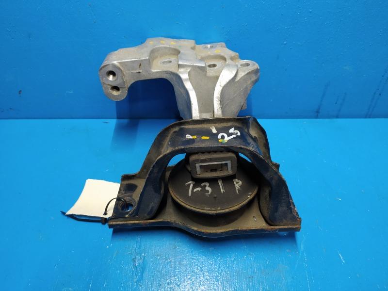 Опора двигателя Nissan Xtrail T31 2.5 2007 правая (б/у)