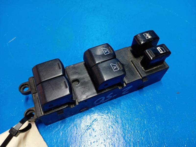 Блок управления стеклоподъемниками Nissan Murano Z50 2000 передний левый (б/у)