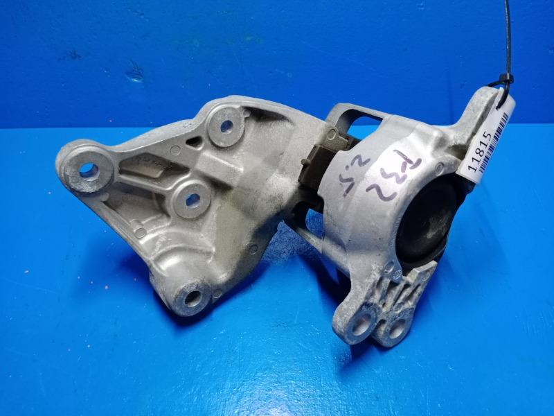 Опора двигателя Nissan Xtrail T32 2.5 2014 правая (б/у)