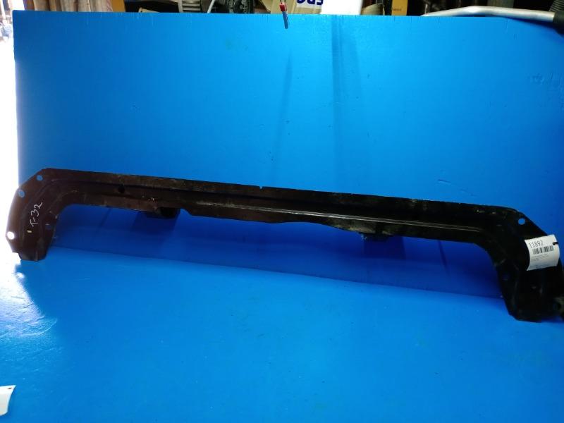 Суппорт радиатора Nissan Xtrail T32 2014 нижний (б/у)