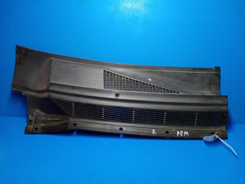 Решетка стеклоочистителя Nissan Armada 2004 правая (б/у)