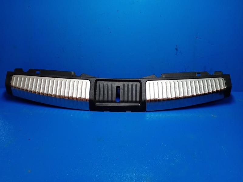 Накладка задней панели Nissan Murano Z51 2008 задняя (б/у)