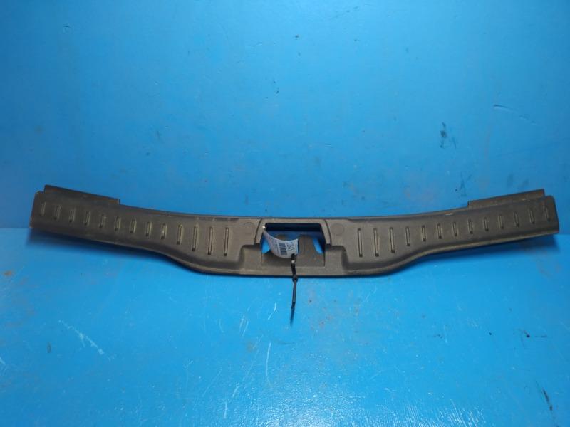Обшивка задней панели багажника Ford Focus 3 2011 (б/у)