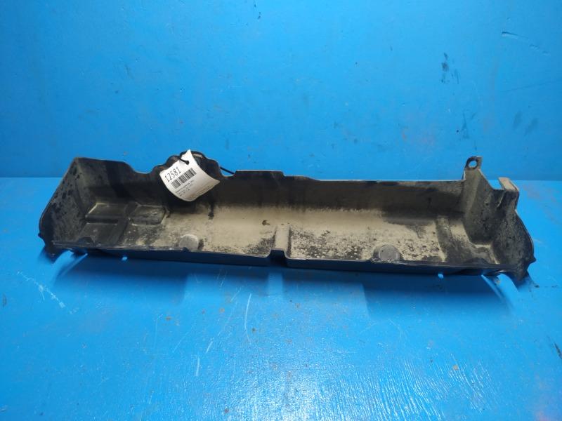 Дефлектор радиатора Ford Focus 3 2011 верхний (б/у)