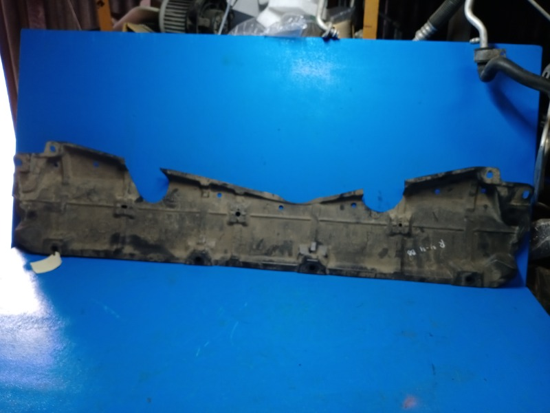 Защита двигателя Toyota Rav4 Ca40 2012 (б/у)