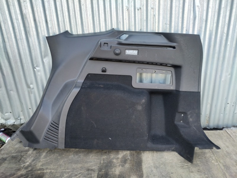 Обшивка багажника Ford Kuga 2 2012 задняя правая нижняя (б/у)
