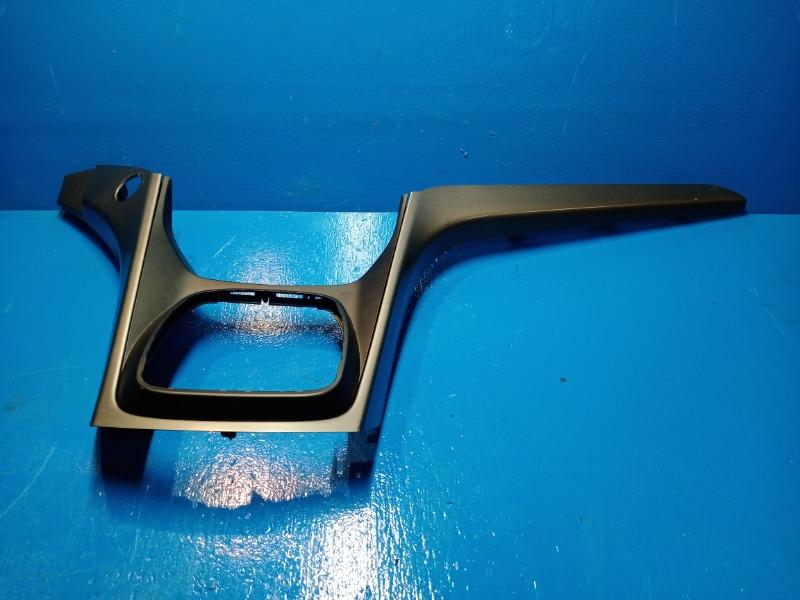 Накладка торпедо Ford Kuga 2 2012 (б/у)