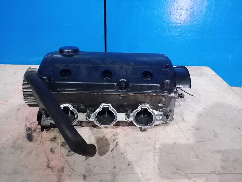 Головка блока цилиндров Mitsubishi Pajero 3 3.5 2000 правая (б/у)