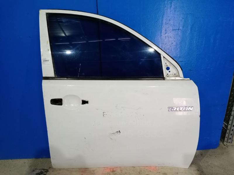 Дверь Mitsubishi L200 2006 передняя правая (б/у)
