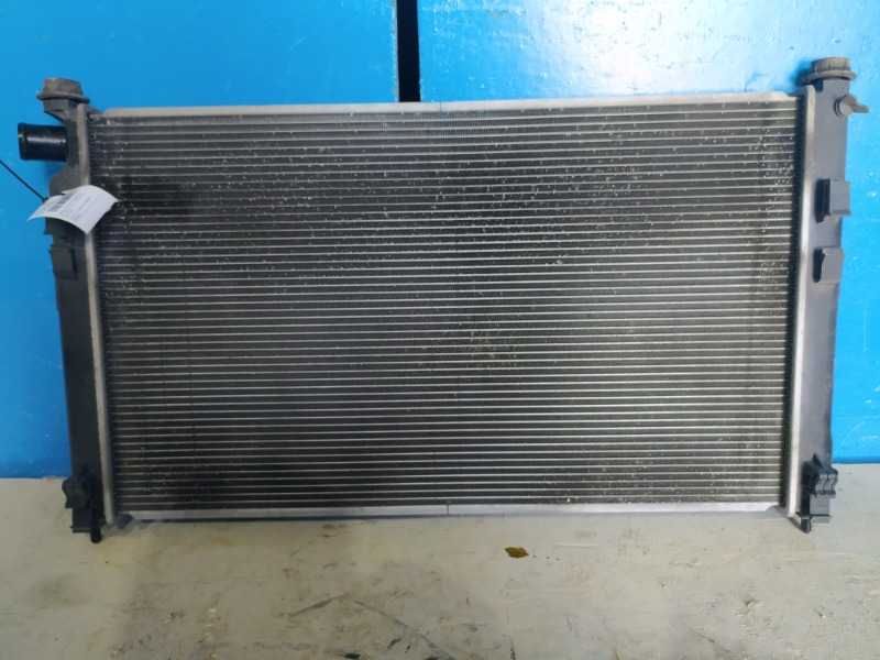 Радиатор охлаждения двигателя Mitsubishi Lancer 10 2007 (б/у)