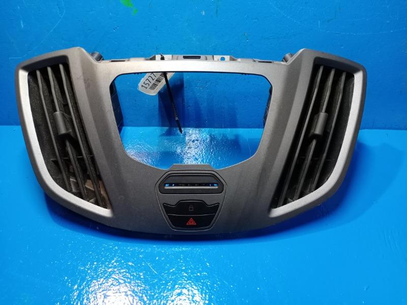 Накладка торпедо Ford Transit 2014 (б/у)