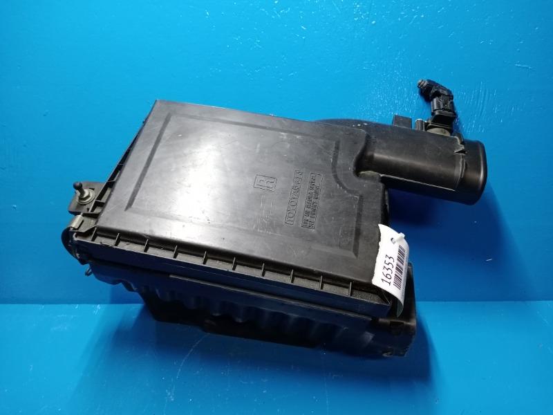 Корпус воздушного фильтра Lexus Ls 460 4.6 2006 правый (б/у)