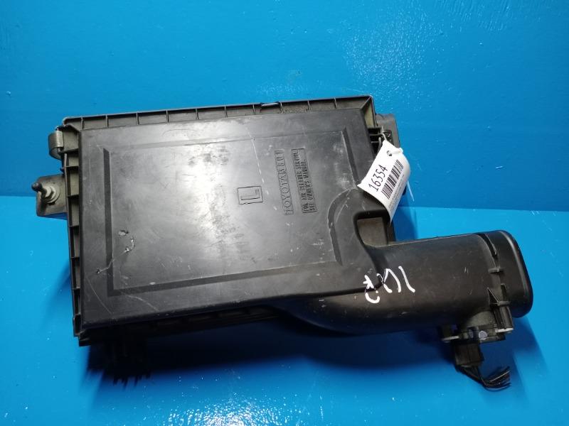 Корпус воздушного фильтра Lexus Ls 460 4.6 2006 левый (б/у)