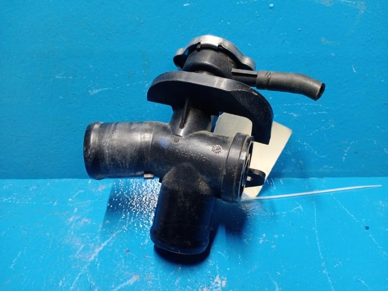 Заливная горловина радиатора Nissan Teana L33 2013 (б/у)