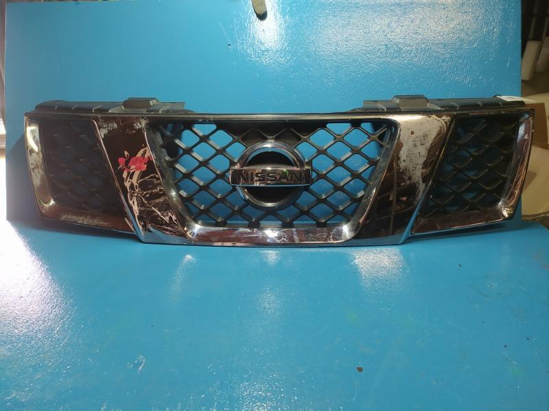 Решетка радиатора Nissan Navara 2005 (б/у)