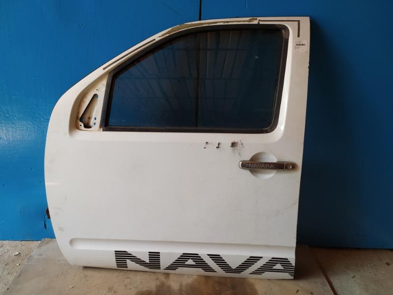 Дверь Nissan Navara 2005 передняя левая (б/у)