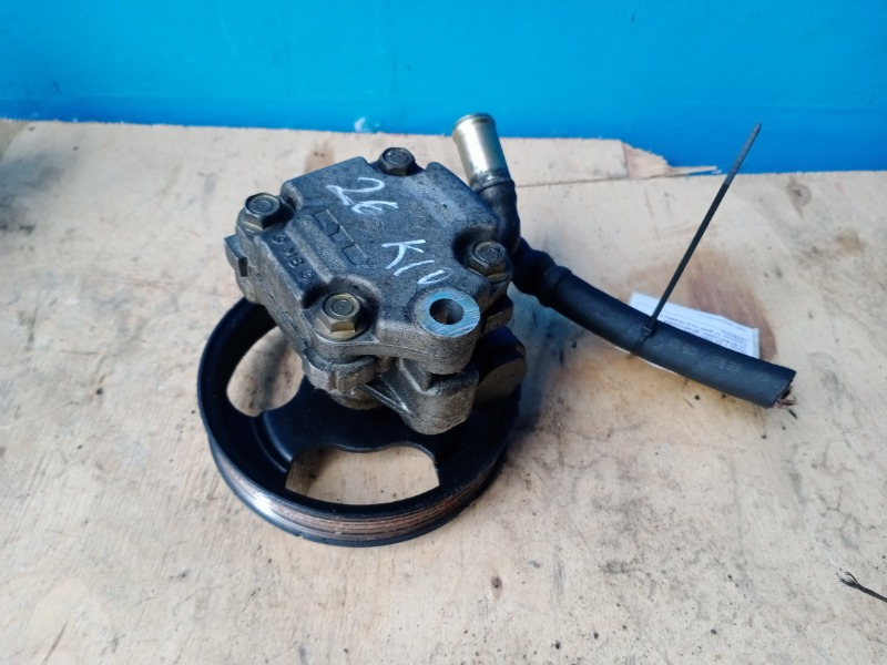 Насос гидроусилителя гур Mazda 3 1.6 2002 (б/у)