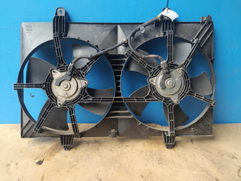 Диффузор вентилятора Nissan Murano Z50 2000 (б/у)