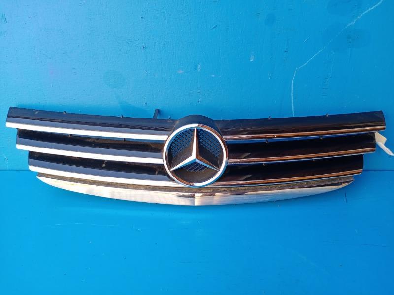Решетка радиатора Mercedes-Benz A-Class W169 2004 (б/у)