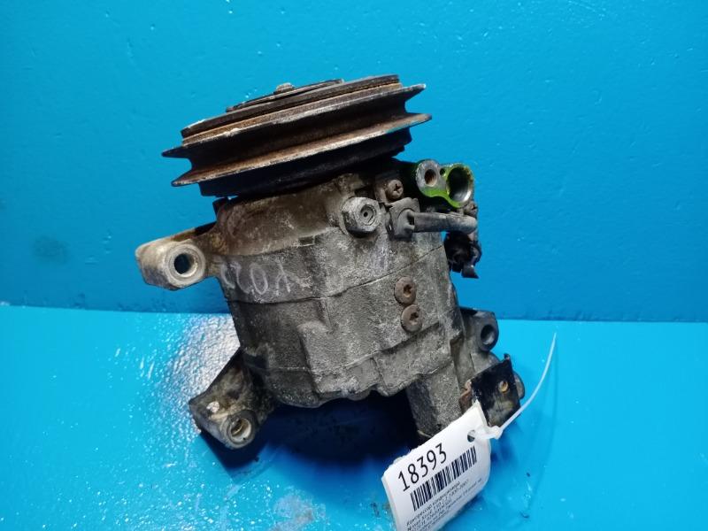 Компрессор кондиционера Nissan Xtrail T30 2.2 2000 (б/у)