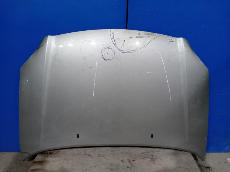 Капот Toyota Avensis 2003 (б/у)