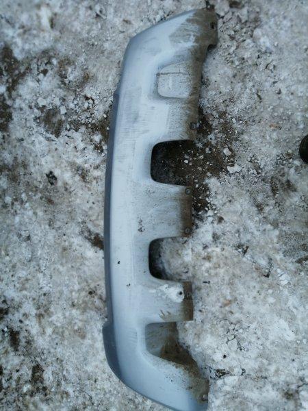 Накладка на бампер Renault Duster задняя нижняя (б/у)