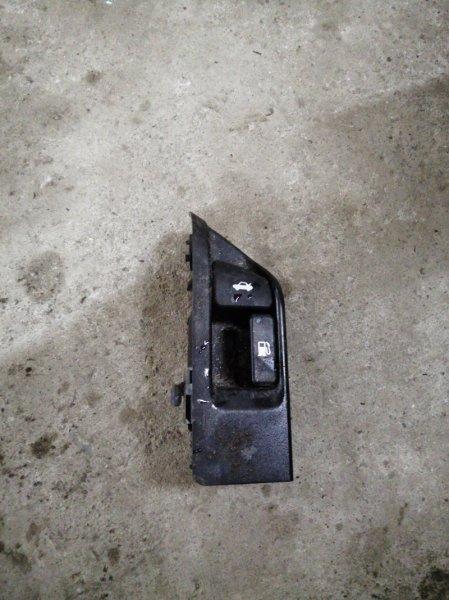 Кнопка багажника Toyota Corolla 150 1ZR-FE 2008 (б/у)