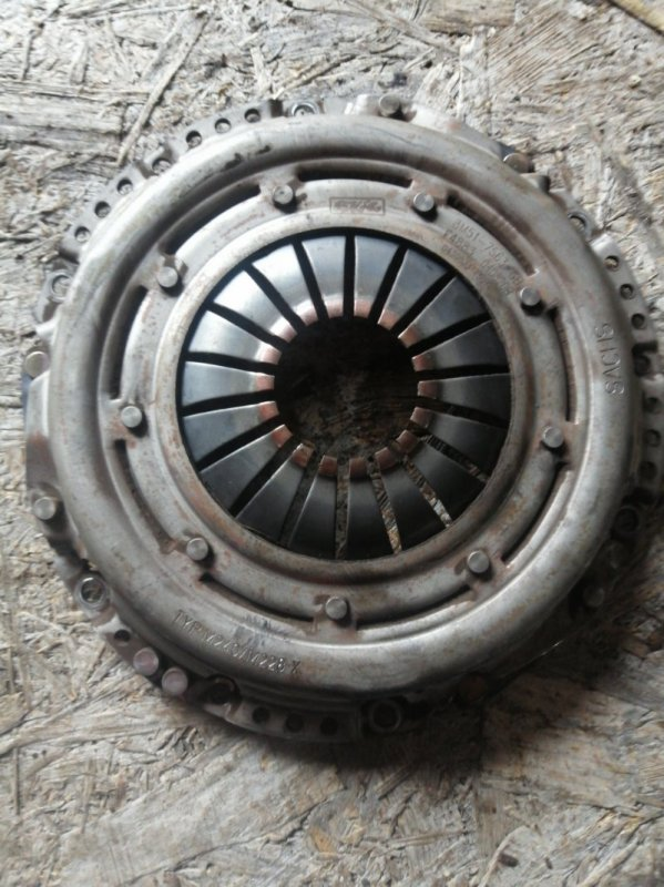Корзина сцепления Mazda 3 BK LF17 2005 (б/у)