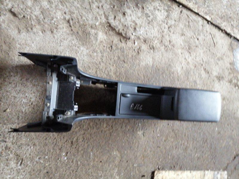 Подлокотник Mazda 3 BK LF17 2005 (б/у)