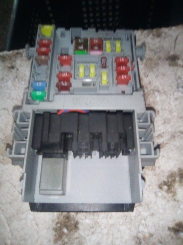 Блок предохранителей Opel Astra J A16XER 2012 (б/у)