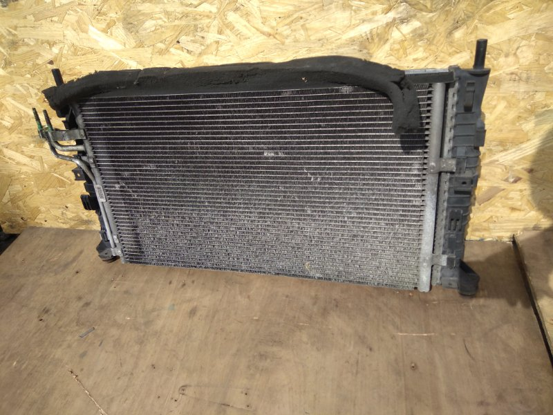 Кассета радиаторов Ford Focus 2 SHDA 2010 (б/у)