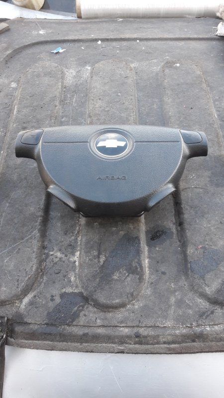Подушка безопасности в руль Chevrolet Aveo T250 F14D4 2010 (б/у)