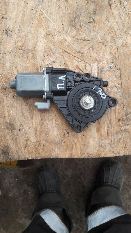 Мотор стеклоподъемника Hyundai I30 G4FC 2010 передний левый (б/у)