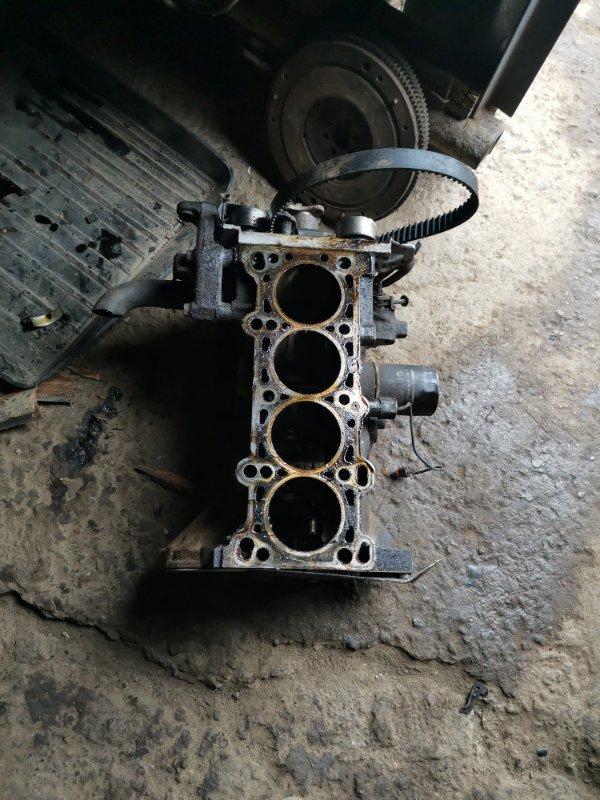 Блок двигателя Mazda Familia BJ ZL 2001 (б/у)