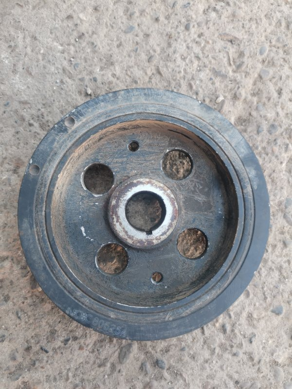 Шкив коленвала Toyota Corolla 150 1ZR-FE 2008 (б/у)