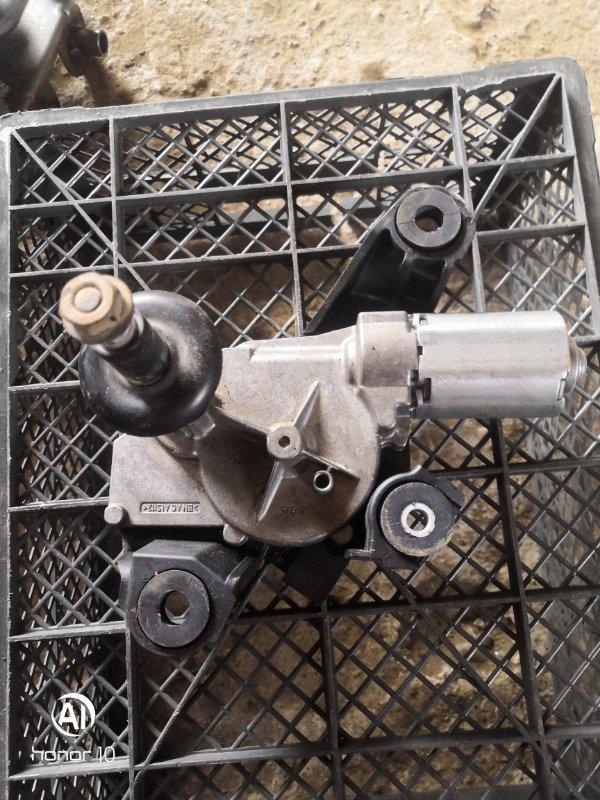 Мотор дворников Renault Megan 3 KZ0G/KZOU/KZ1B K4MV838 2015 задний (б/у)