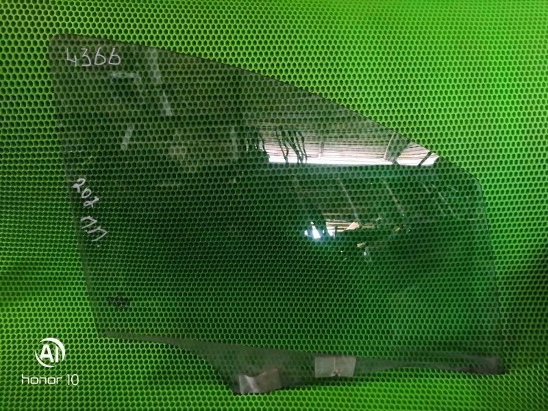 Стекло Peugeot 207 2008 переднее правое (б/у)